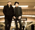 billy-bragg-joe-henry-shine-a-light